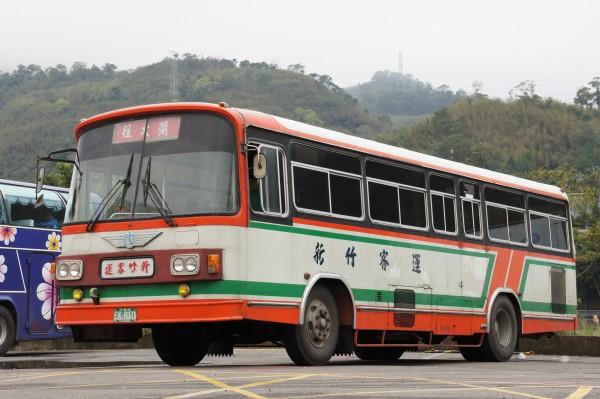 2011 02 21 10 01 新竹客運「成功號」冷氣公車懷舊之旅