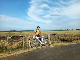 Bersepeda Dengan Fixie