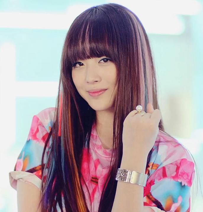 kpop lovers: Sulli of F(x) F(x) Luna Electric Shock Hair