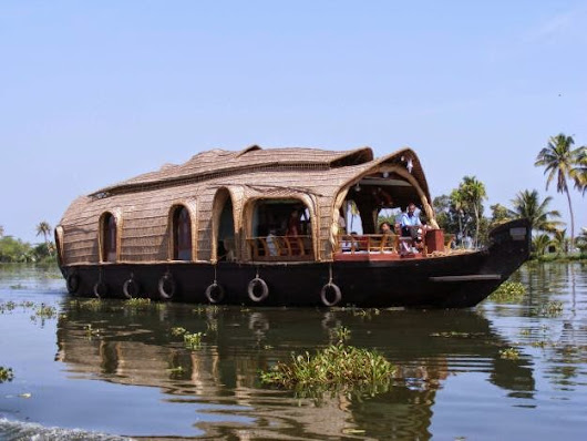 Experience The Magic Of Backwaters In Alleppey
