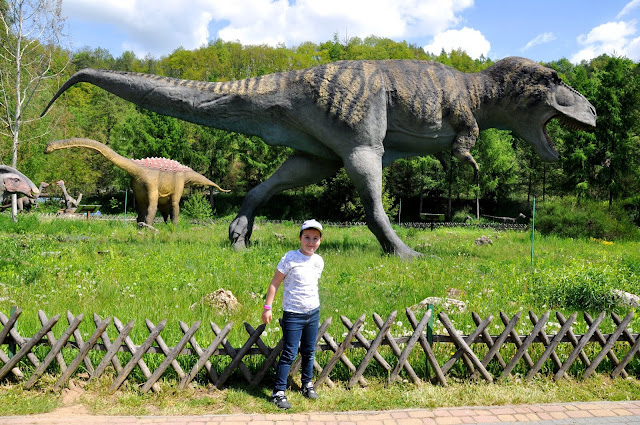 Park dinozaurów świętokrzyskie