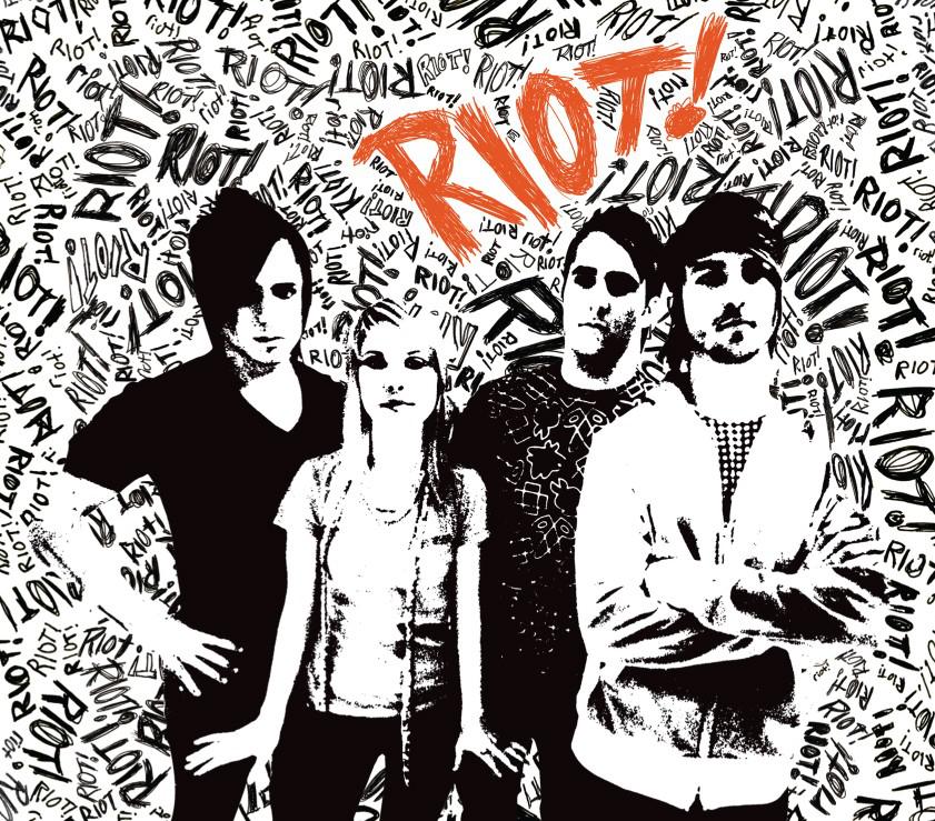 Paramore - Riot! (Bonus Track Version) (2007) - Album