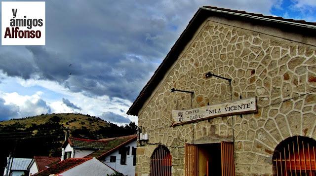 Centro Cultural Nila Vicente - AlfonsoyAmigos
