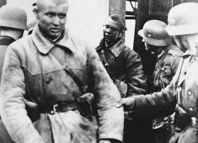 Soviet POWs 7 July 1941 worldwartwo.filminspector.com