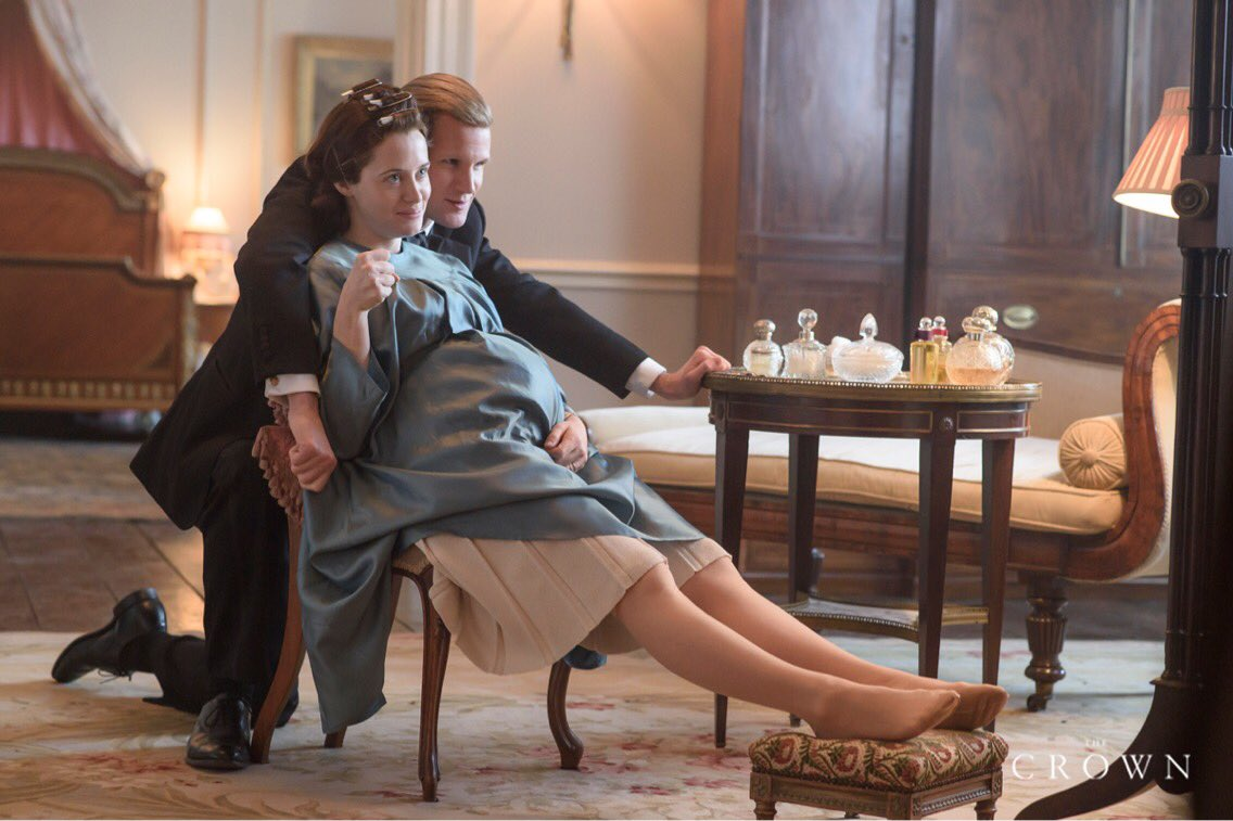 Elizabeth II y Philip (The Crown)
