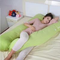 Gối ôm bà bầu chữ U hỗ trợ tư thế nằm ngủ nghiêng bên trái