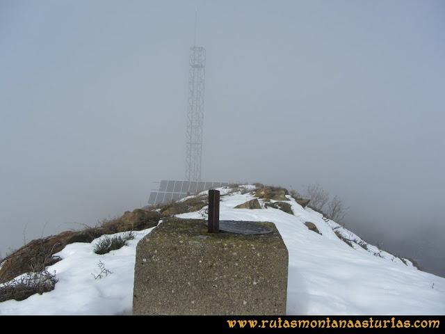 Pico Ranero: Antena e índice en el pico Ranero