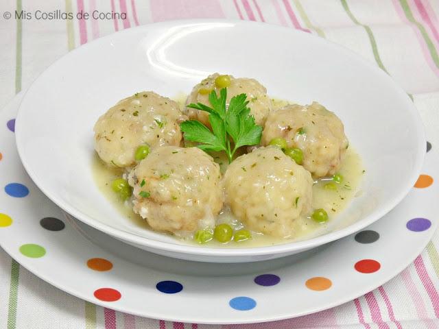albondigas-pescado-salsa