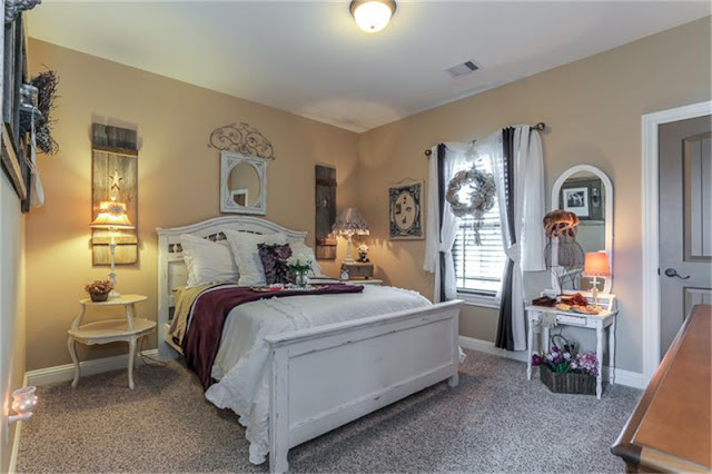 Guest Bedroom-House Hunting-Texas Hill Country House- From My Front Porch To Yours