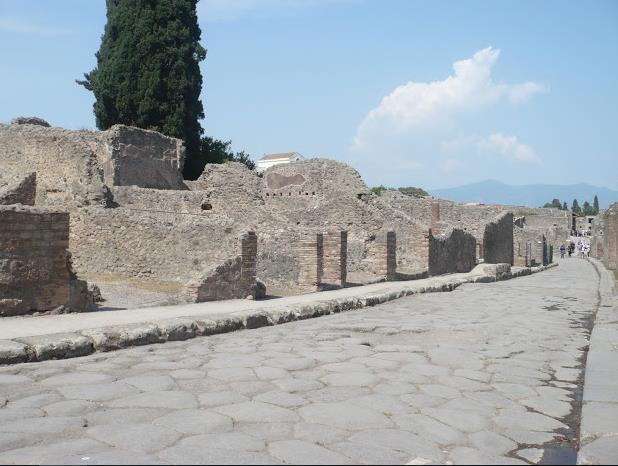 via lastricata a Pompei