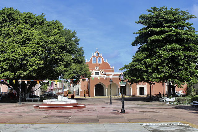 La Candelaria church, Valladolid, México.