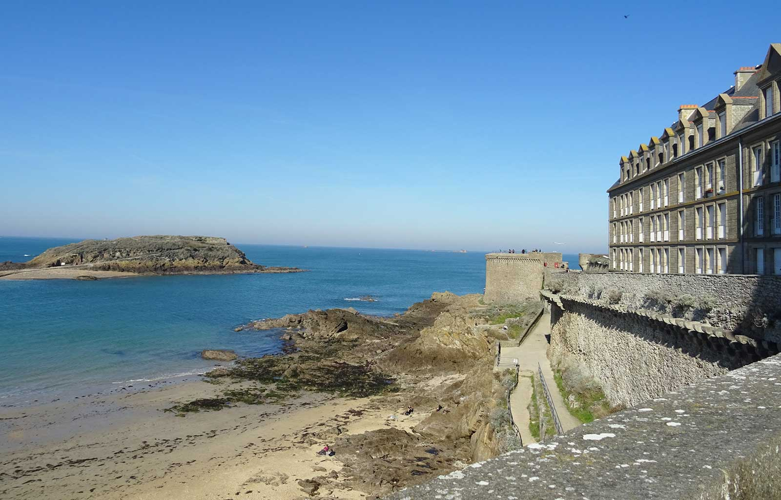 City Guide Saint Malo grand bé tour bidouane