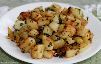 serves as a delicious appetizer and is quite simple to make Potatoes Saute in Garlic and Cilantro – Batata ma3 Kizbra recipe