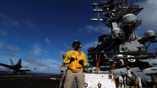 China condena ingreso de buque militar de EE.UU. sin autorización
