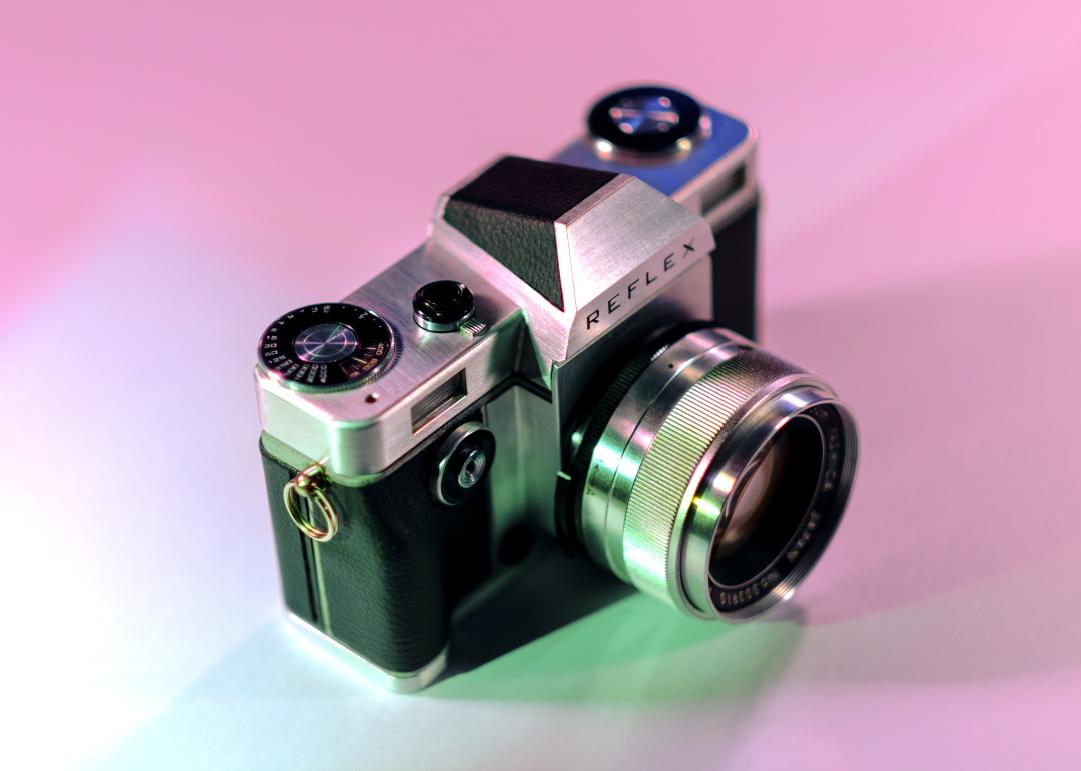 Пленочная зеркальная камера Reflex 1