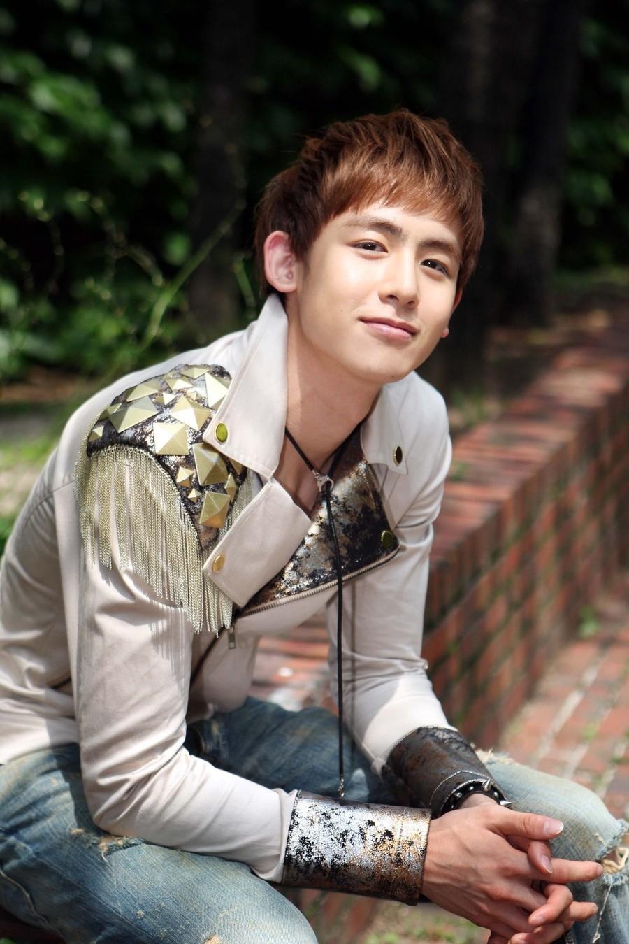 Korean Hairstyles - Nichkhun Buck Horvejkul ( 2PM ) Korean ...