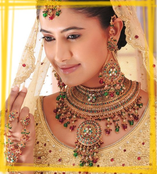 Indian Bridal Jewellery: Latest Style Indian Bridal Jewelry Design 2013