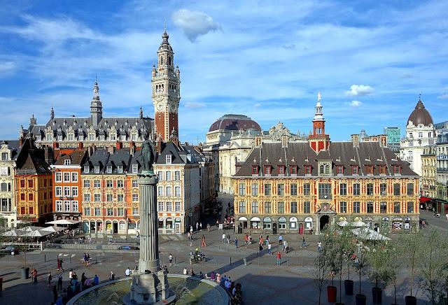 Grand'Place: praça principal da cidade de Lille, norte da França.