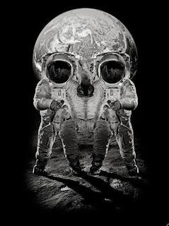 Astronauta, Ilusão de Ótica, Caveira