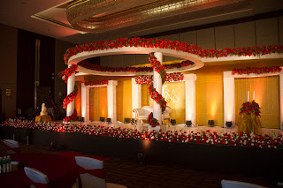 Wedding reception stage decor at crowne plaza hotel cochin