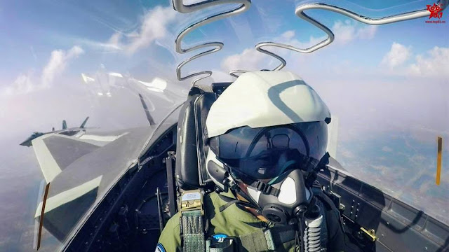 PLAAF's new helmet-mounted display (HMD) for J-20 pilot