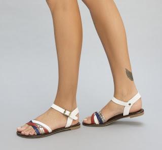 Sandale ieftine albe cu talpa joasa si barete multicolore