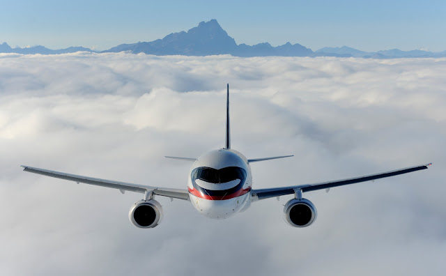 sukhoi superjet 100 in flight