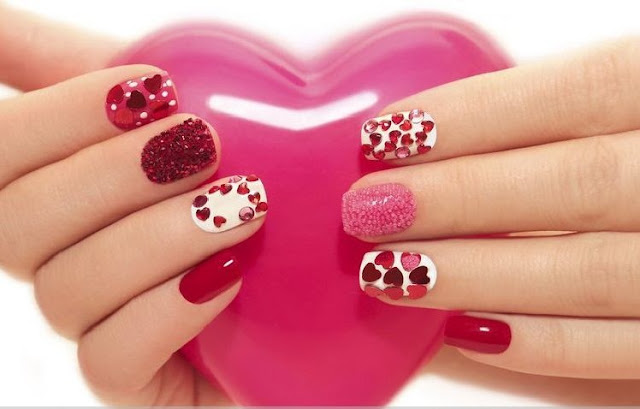 Top 20 Valentine's day Crazy Hot Kiss Funny Nail Art Design