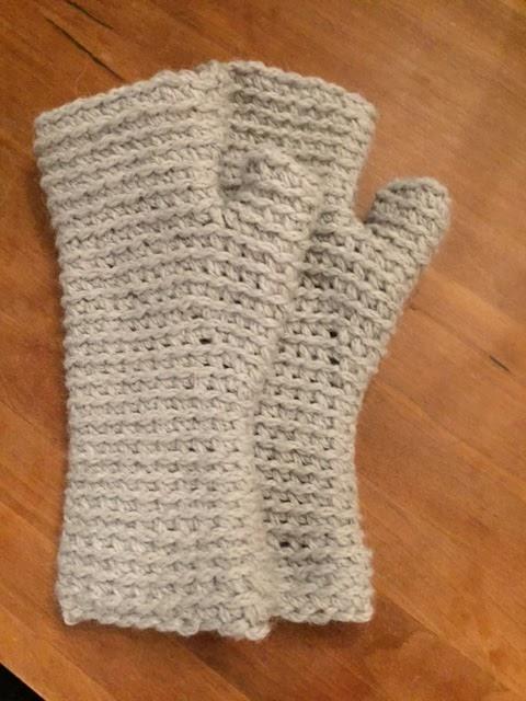 ArianeB Handmade: Warum ich meist Handschuhe ohne Finger trage!