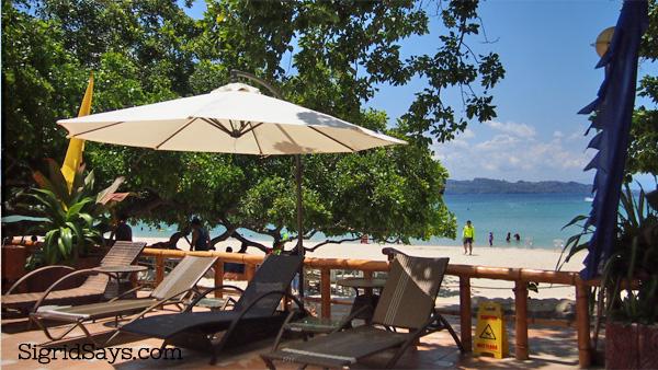 Dakak Beach Resort white sand beach
