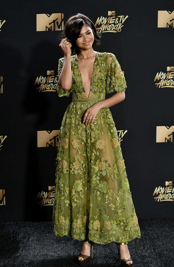 Zendaya – 2017 MTV Movie And TV Awards in Los Angeles