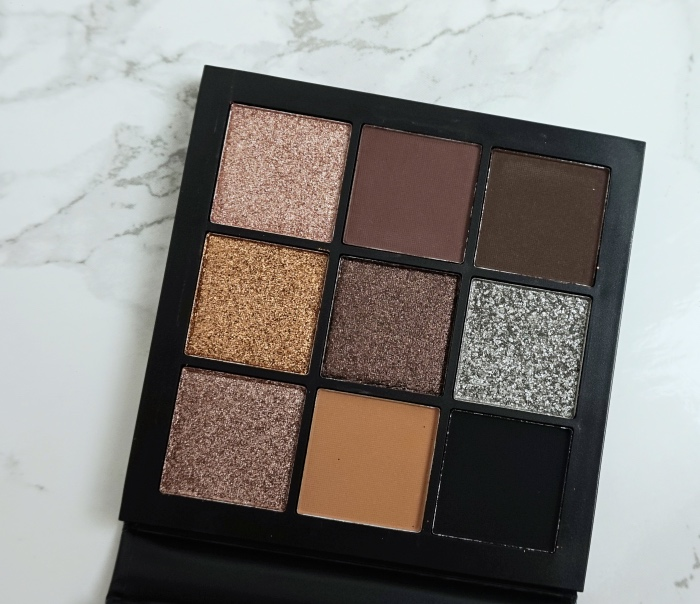 Huda Beauty Smokey Obsessions review swatch