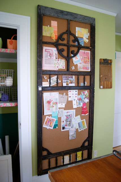 Creative and Cool Ways to Reuse Old Doors (18) 11