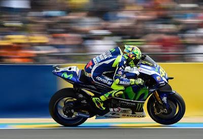 Terlempar ke Posisi 10, Rossi Keluhkan Ban Baru Michelin