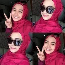 model hijab ria ricis narsis