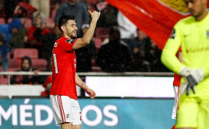 Benfica Blogues Pizzi marcou e assistiu