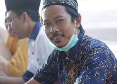 Ahmad Sirulhaq (Dosen bidang analisis wacana FKIP Unram)