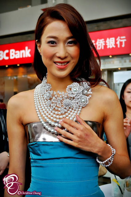 Lead Actress Linda Chung 鍾嘉欣 Was In Singapore For The
