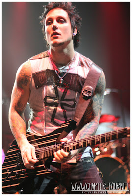 Avengedsevenfold in To...M Shadows And Synyster Gates