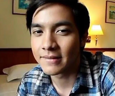 Screenshot from Alden's lip biting video