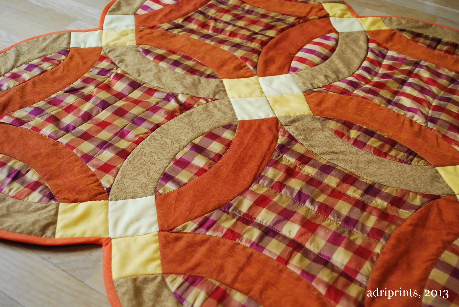 Adri Makes a Thing or Two Double Wedding Ring Quilt Autumn Colors