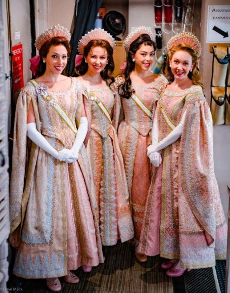 Princesas Romanovs em Anastasia Musical