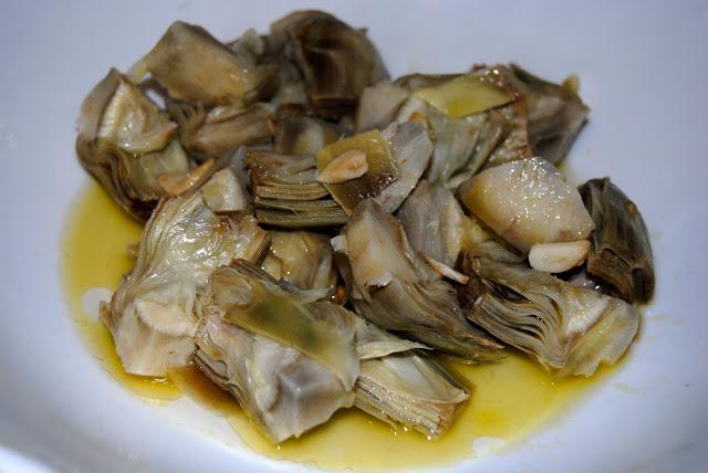 Alcachofas Caseras Aliñadas con Aceite y Vinagre