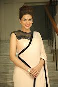 shraddha das latest glamorous photos-thumbnail-2