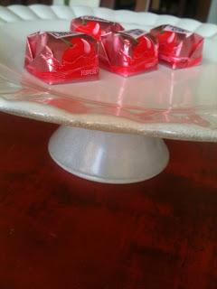 DIY prato para bolos