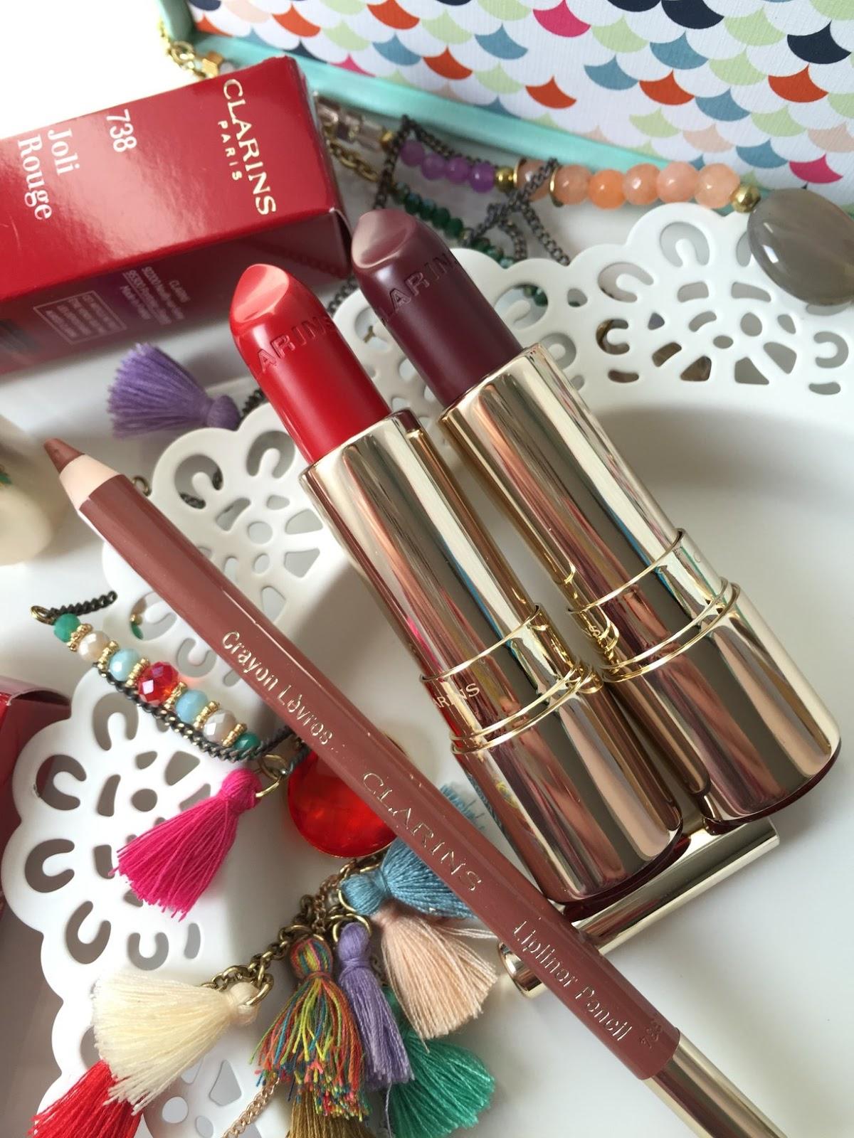 Delicato Colore Viola Pallido clarins joli rouge lipstick review | fashion and cookies
