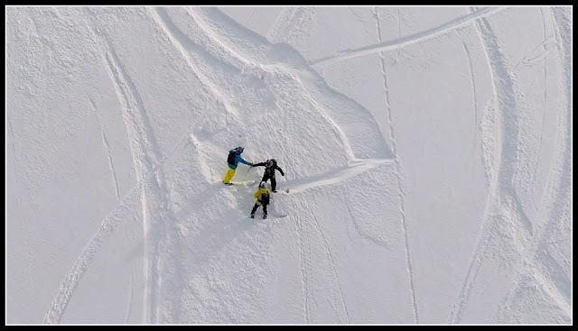 Monoski - snowboard sortie du couloir de la banane aux contamines montjoie
