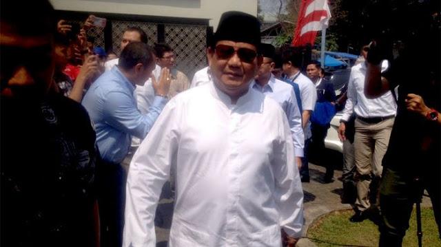Masa Tenang Pilpres, Prabowo Resmikan Masjid Miliknya