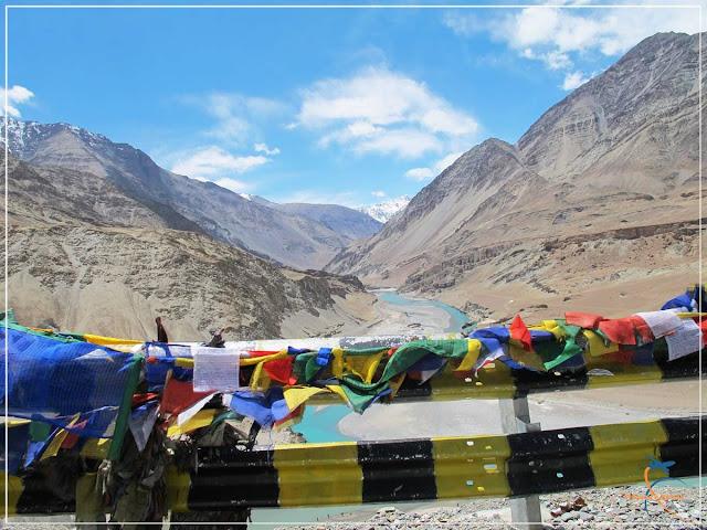 Confluência dos Rios Indus e Zanskar, em Ladakh, Índia.