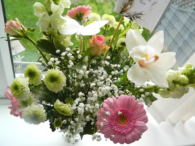 A photo of a spring time mother's day bouquet from Prestige Flowers